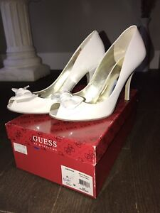 Guess white shoes - size 8 - only worn once