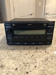 2006 Toyota 4Runner OEM stereo head unit