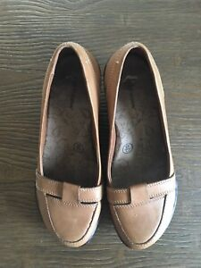 Hush Puppy Wedge Loafers — Size 7