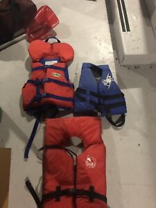 Kids/youth life jackets