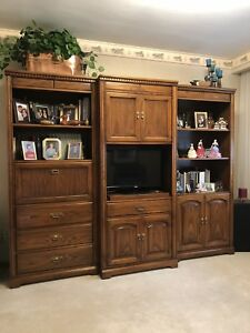 REDUCED Wall Unit ~ 3 Piece