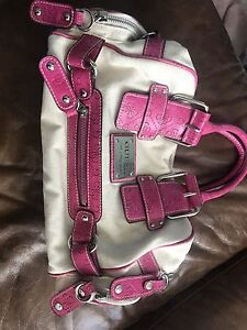 Real beige and pink Guess purse