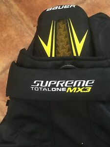 Bauer supreme total one MX3
