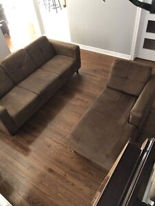 Living room set / couch / chair / chaise