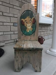 Lion King Table and Chair