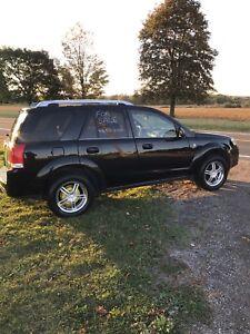 2006  Saturn Vue. AWD (Redline)