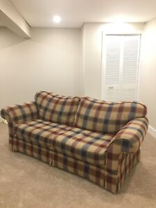 Couch + Love Seat Combo *LIKE NEW - NO PETS!*