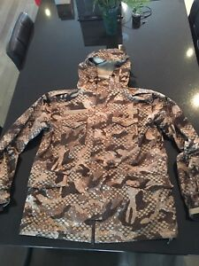 ***DC WINTER JACKET (XL) FOR SALE ***
