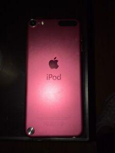 5th Gen iPod 32gb PINK