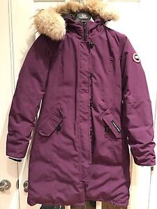 Canada Goose jacket for kid / Manteau Canada Goose pour enfant