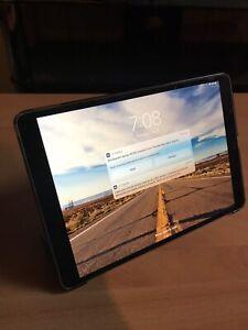 "iPad Pro 10.5"" 64GB gray + case"