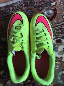 Men's Nike soccer cleats