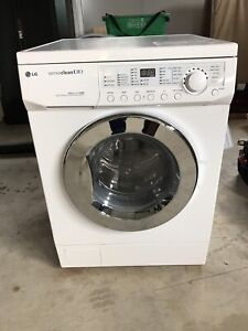 Apartment size washer/dryer combo