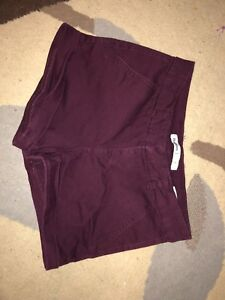 Burgundy bluenotes shorts