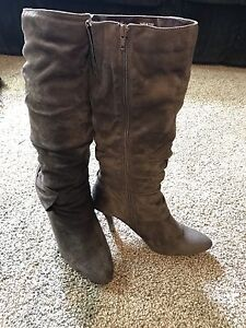 Brown woman's size 11 boots