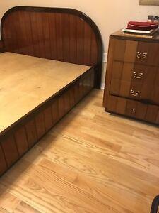 Solid wood bed set