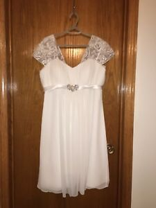 WHITE WEDDING DRESS SIZE 18