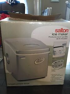 Ice cube maker, new in box