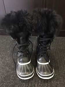 Sorel Limited Edition Waterproof Boots Size 8