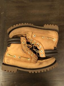 Timberland Oakwell Men's Boots: size 7.5 US