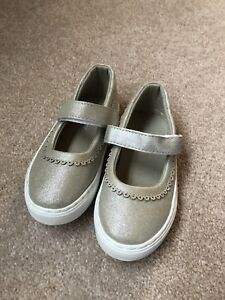 Brand new Nine West Mary Jane shimmer shoes size 7T
