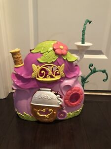 Tinkerbell's house with doorbell