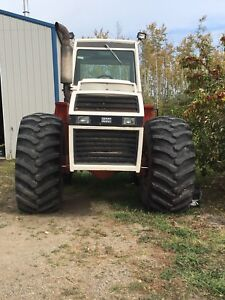 300 hp 4WD tractor for sale
