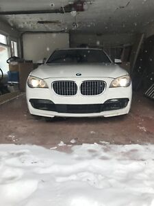 BMW 750i 2012 XDrive Executive Package Fully Equipped