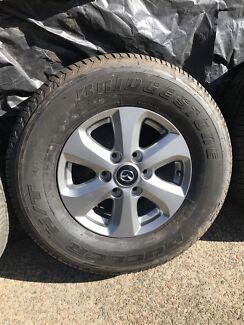 """4X Mazda BT-50 genuine 16"""" as new with Bridgestone tyres"""