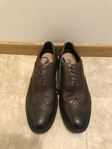 Leather oxford shoes hardly ever worn