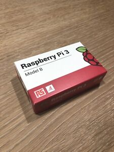 New Raspberry Pi 3B with Case and 2.5A Power Supply