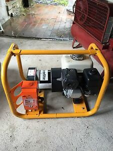 2.5kw Powerlite Generator/ 5.5hp Honda engine Mount Riverview Blue Mountains Preview
