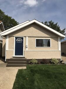 House for rent Oct 1