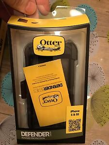 Otter box iPhone case 5 & 5s