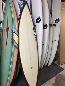 Wanted 5'10-6'0 surfboard