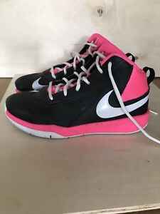 Nike Basketball shoes - Team Hustled