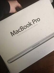 """MacBook Pro 2010 15"""""""