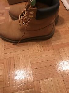 Timberland Boots 9.5 worn a few times
