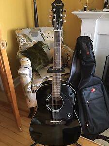 Beginner Epiphone  Acoustic Guitar