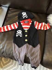 Pirate Halloween costume 0-3 months