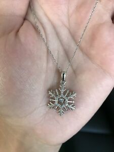 """Unstoppable love"" snowflake diamond necklace"