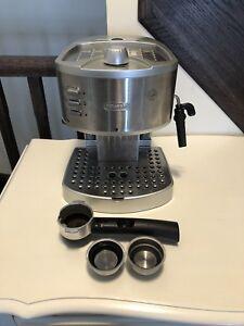 Ec330 delonghi espresso machine + accessories