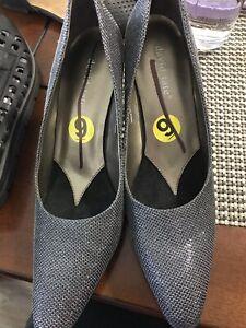 Brand new women high heels size 8 by David tats retail $49.99