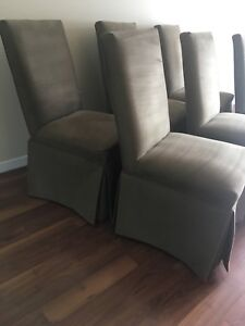 MOVING SALE DINING ROOM TABLE CHAIRS SET