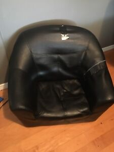 Kids leather chair $20