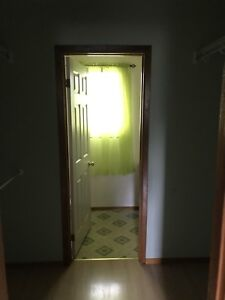 5 Bedroom House near Trent University only 2 rooms available