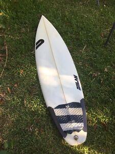 Surfboard 6'2 Dylan shapes shortboard