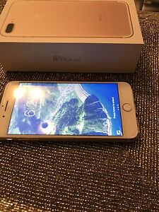 iPhone 7. Plus 128 Gb Gold. Factory unlock new