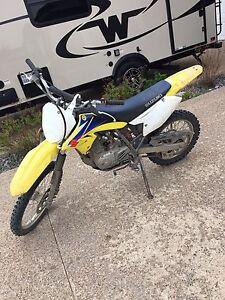 Suzuki DRZ 125 dirtbike
