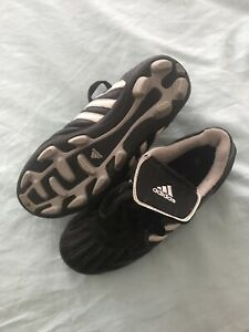 Adidas soccer shoes size 1